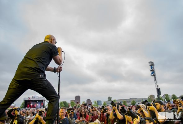 Lightening crashes the party at Bluesfest on Day 8